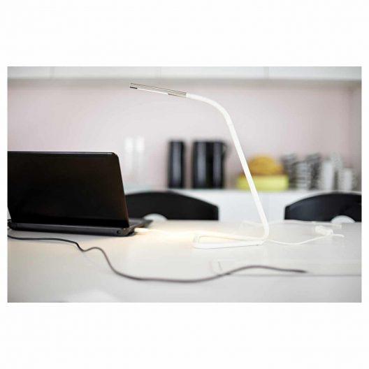چراغ مطالعه سفید ایکیا مدل HARTE