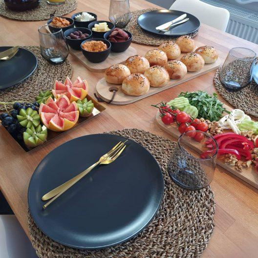 سرویس غذاخوری ایکیا رنگ ذغالی مدل DINERA